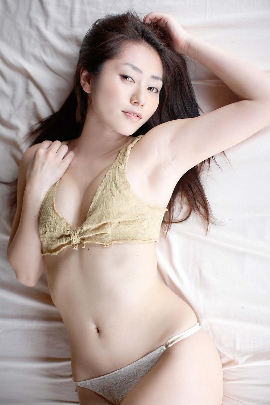 【尻】谷桃子 パート7YouTube動画>3本 ->画像>640枚